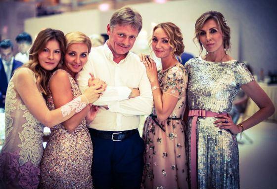 Фото со свадьбы Пескова и Навки