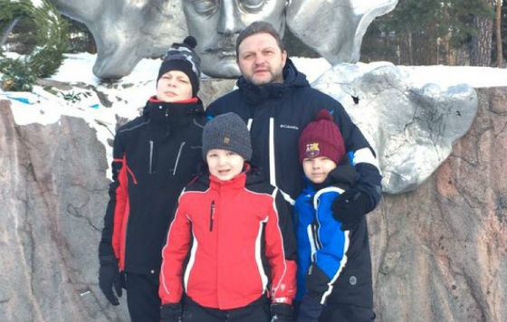 Nikita Belykh with his sons