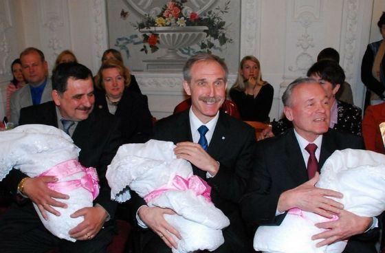 Governor Sergey Morozov - father of many children