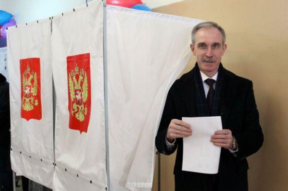 Sergey Morozov became governor three times