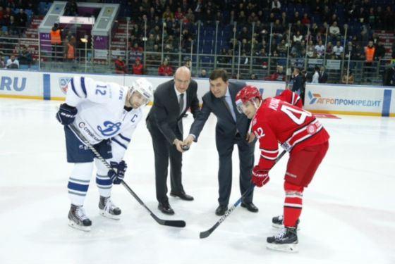 Evgeny Kuyvashev - an avid hockey player