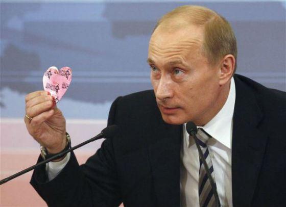 11. Путин много времени посвящает работе