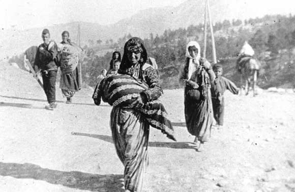 Парламент ФРГ осудил убийство турками армян в начале XX века