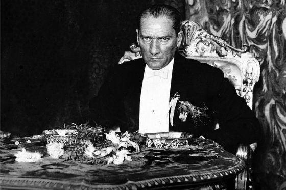 «Человечество - единое тело, и каждая нация часть этого тела.» Кемаль Ататюрк