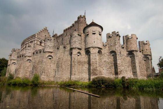 Замок Гравенстин (Бельгия) - прообраз Витерфелла