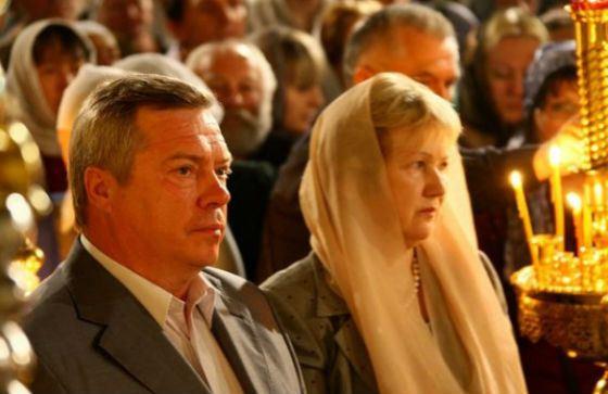 In the photo: Governor Vasily Golubev and his wife Olga