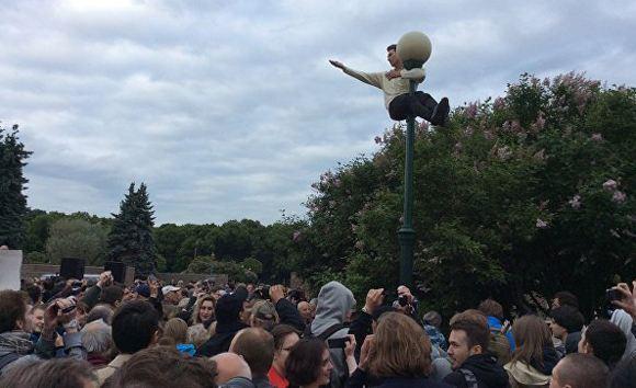 Митинг против моста имени Кадырова в Санкт-Петербурге
