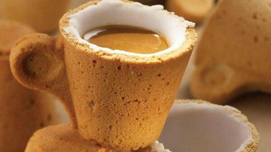 Съедобную чашку для кофе предложил бельгийский дизайнер