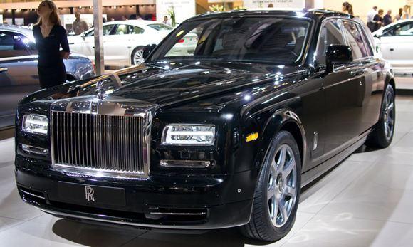 Челябинец готов продать почку, чтобы заплатить за разбитый Rolls-Royce