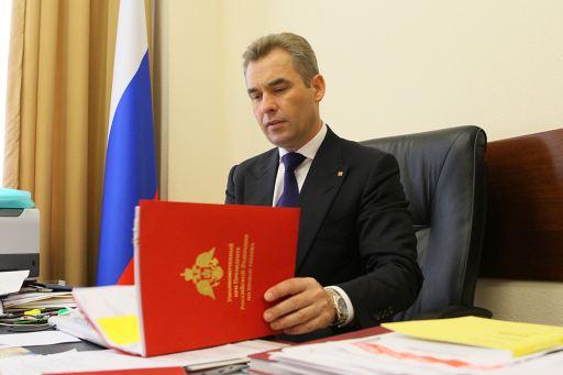 Омбудсмен Павел Астахов подал заявление об отставке