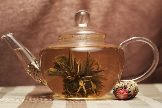 Из 500 граммов листового чая можно заварить около 200 чашек