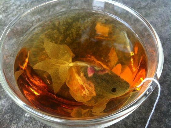 Креативный чайный пакетик в виде рыбки