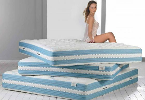 A healthy person can choose a mattress of any hardness.