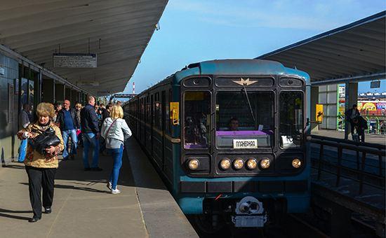 Пожар на станции «Выхино» вызвал перебои в движении поездов на «фиолетовой» ветке