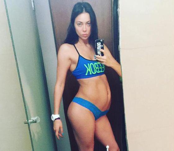 Беременная Настасья Самбурская ищет папу своего ребенка