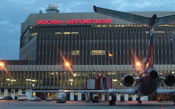 Россияне начали меньше летать, авиакомпании терпят огромные убытки