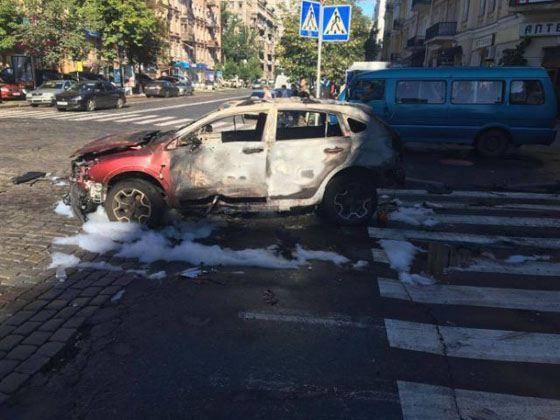 Автомобиль Павла Шеремета взорвался рядом с его домом