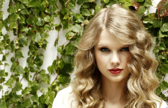 Тейлор Свифт- успешная американская певица
