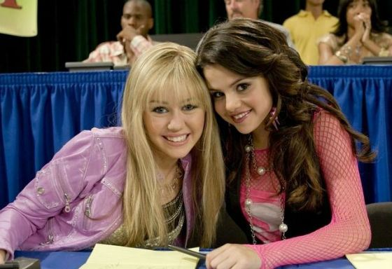 Young Selena Gomez and Miley Cyrus