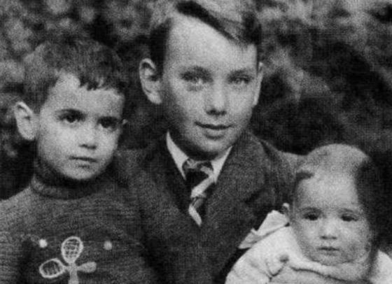 баталов алексей биография семья фото
