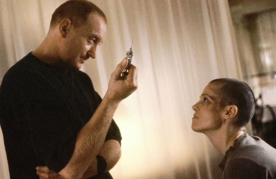 «Чужой 3»: Чарльз Дэнс в роли Джонатана Клеменса
