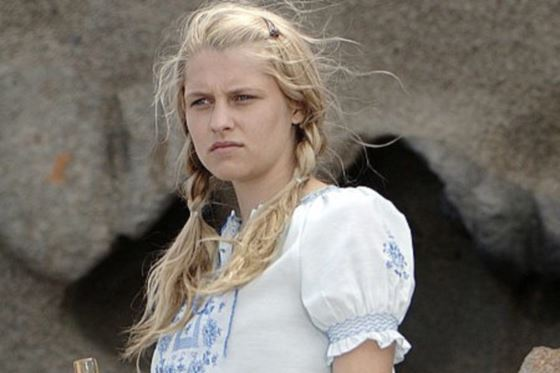 Teresa Palmer in her youth