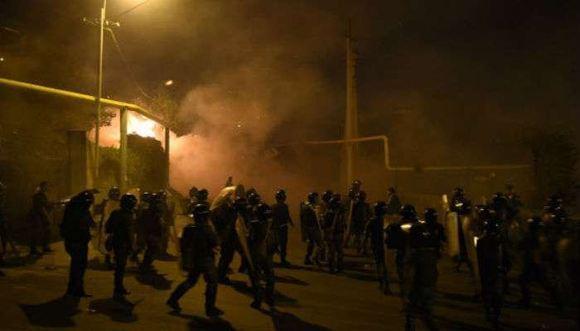 В Ереване 165 человек были задержаны полицией после беспорядков
