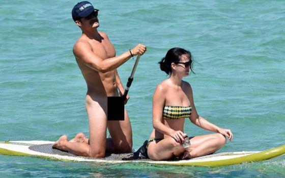 Орландо Блум обнажился на общественном пляже