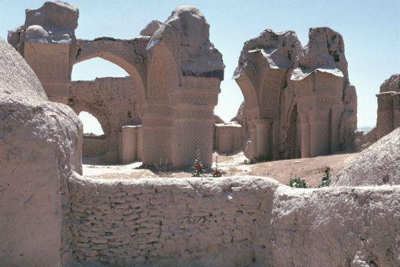 Руины древнего Балха