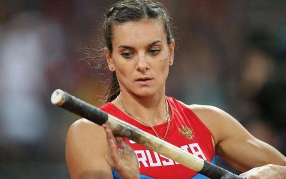 Исинбаева не может понять, почему ее отстранили от Олимпиады