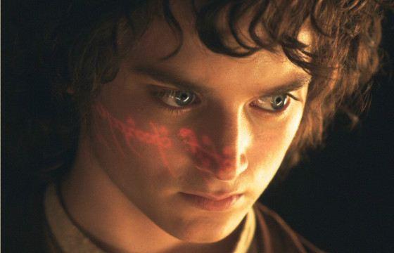 Крепкий, розовощекий хоббит Фродо