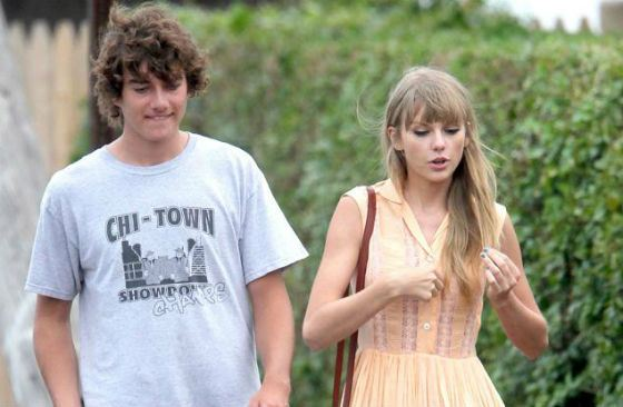 Taylor Swift dated the grandson of President Kennedy