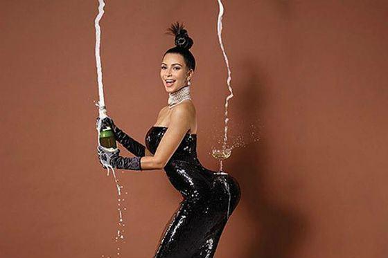 ким кардашьян фото с шампанским