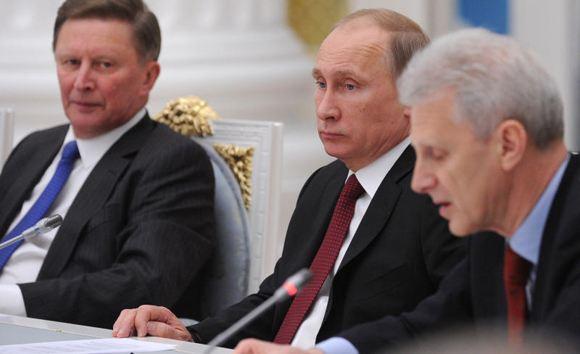 Путин перевел Сергея Иванова на должность своего спецпредставителя