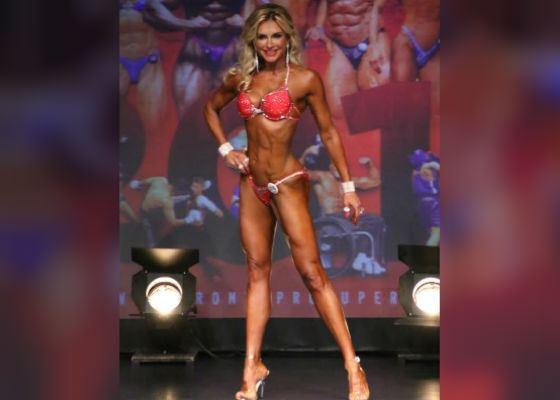 Екатерина Цветова – выступающая спортсменка фитнес-бикини