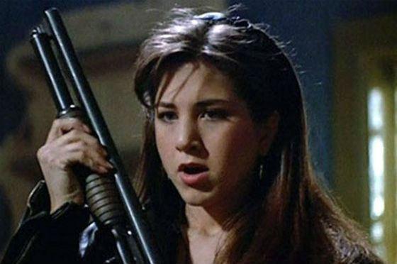 Одна из первых ролей Дженнифер Энистон – «Лепрекон»