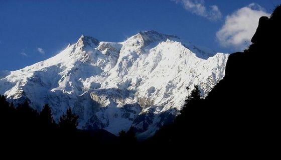 Действительно ли Эверест самая высокая гора на свете? Узнай!