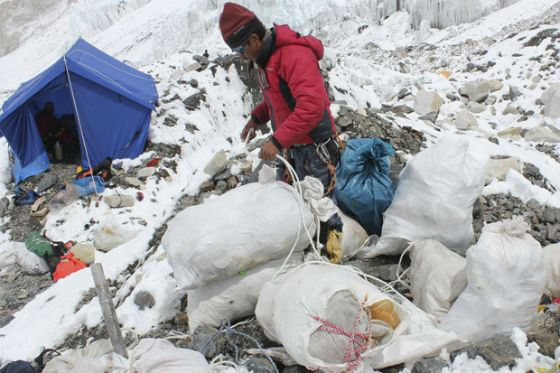 """Trash expedition"" on Everest cleared the mountain from 1.8 tons of waste"