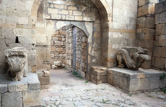 Вход в ханский дворец Дербента