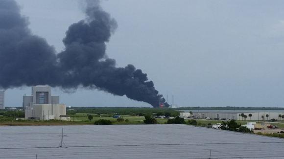 В США на стартовой площадке взорвалась ракета Falcon 9