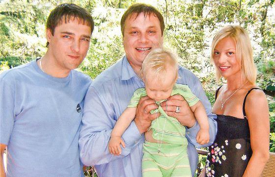 юрий шатунов и его семья фото
