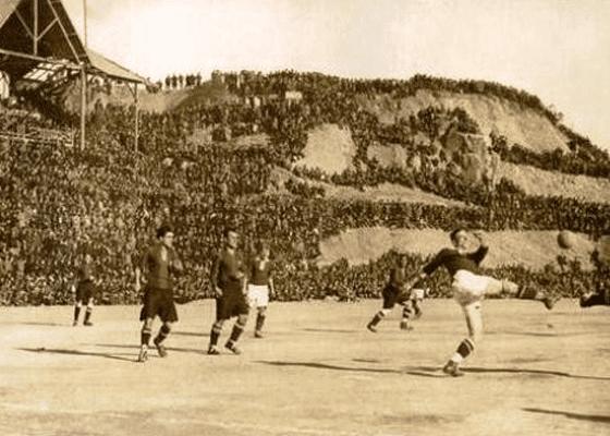 Легендарный стадион Камп Ноу в Барселоне, 1925.