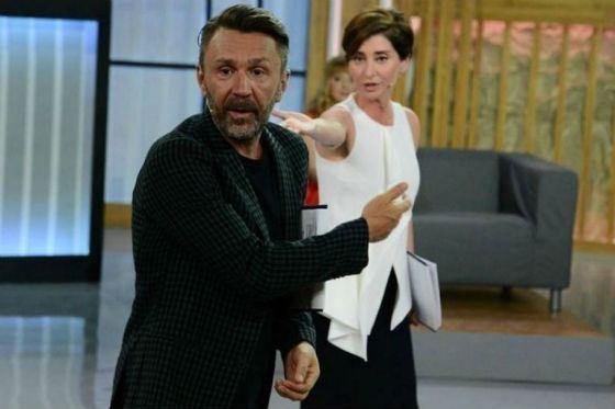 Сергей Шнуров и Софико Шеварднадзе вместе ведут ток-шоу «Про любовь»
