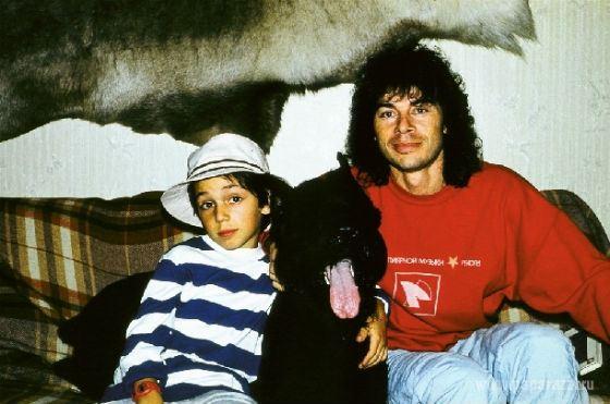 Young Oleg Gazmanov and his son