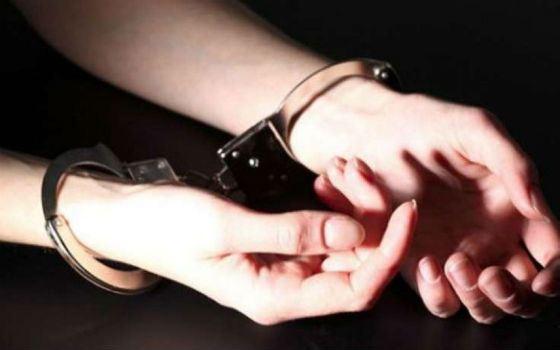 Задушившую свою дочь женщину приговорили к 1 году и 10 месяцам колонии