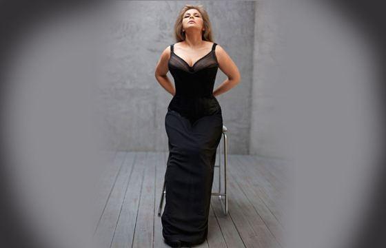 Ирину Пегову не назовешь худой, но, без сомнения, она красива