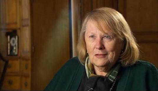 Актриса Людмила Иванова попала в больницу
