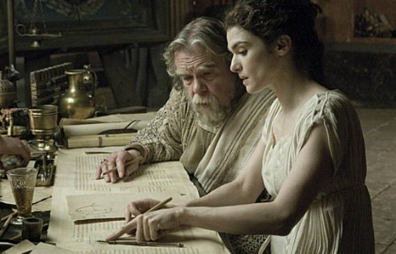 Рэйчел Вайс в роли женщины-философа - Гипатии Александрийской. Фильм «Агора»