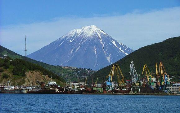 Япония не исключает переговоров о передаче ей двух курильских островов
