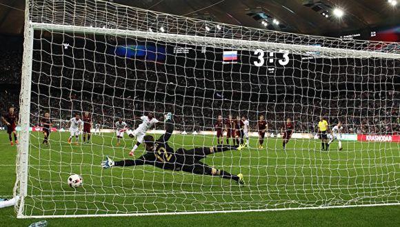 Российская сборная проиграла костариканцам со счетом 4:3